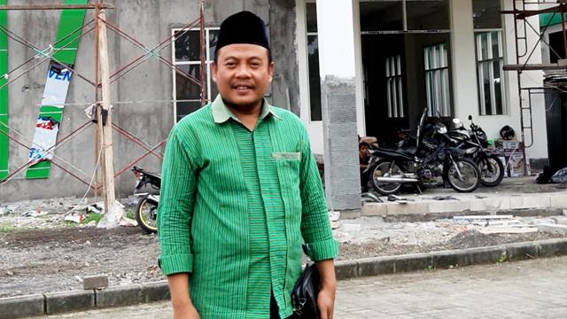 Ahmad Sunjani,